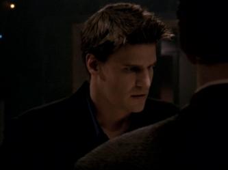© Capture d'écran - Angel, alias David Boreanaz, saison 2.