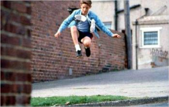 Jamie Bell à 14 ans, alias Billy Elliot à 11 ans - © http://www.allocine.fr/film/fichefilm-11295/photos/detail/?cmediafile=30644