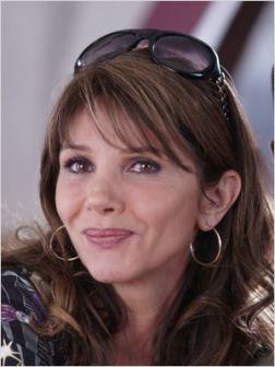 Victoria Abril - © http://www.allocine.fr/personne/fichepersonne-2990/photos/detail/?cmediafile=19955957