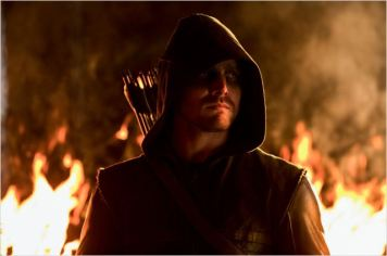 The Arrow, alias Oliver Queen, saison 1 - © http://www.allocine.fr/series/ficheserie-10839/photos/detail/?cmediafile=20415220