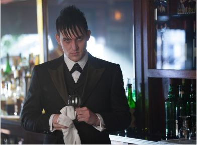 Oswald Cobblepot, le Pingouin - © http://www.allocine.fr/series/ficheserie-16973/photos/detail/?cmediafile=21140332