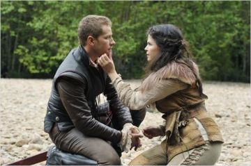 Josh Dallas et Ginnifer Goodwin, alias Prince Charmant et Blanche-Neige, saison 1 - © http://www.allocine.fr/series/ficheserie-9430/photos/detail/?cmediafile=19836484